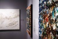 Les tableaux 'Makes Me Wonder', 'Burning Down the House' et et 'Magic Carpet Ride' par Louis-Bernard St-Jean, lors de l'exposition solo Abstractions musicales à la Galerie Youn